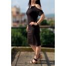 Μαύρο φόρεμα με ανοιχτούς ώμους