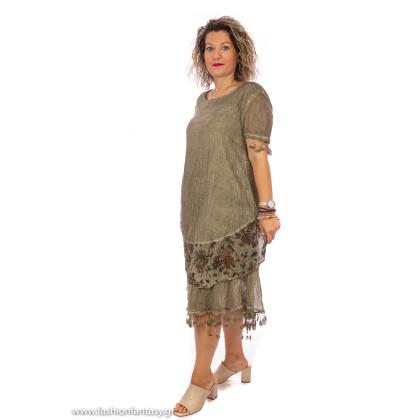 Χακί φόρεμα με όψη τσαλακωμένου και κέντημα (Plus Size)